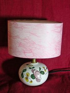 La Mini-lampe au Pois de senteur rose, abat-jour rose