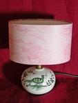 La Mini-lampe décor à la palombe verte, abat-jour rose